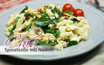 Chia Spinatsosse mit Nudeln